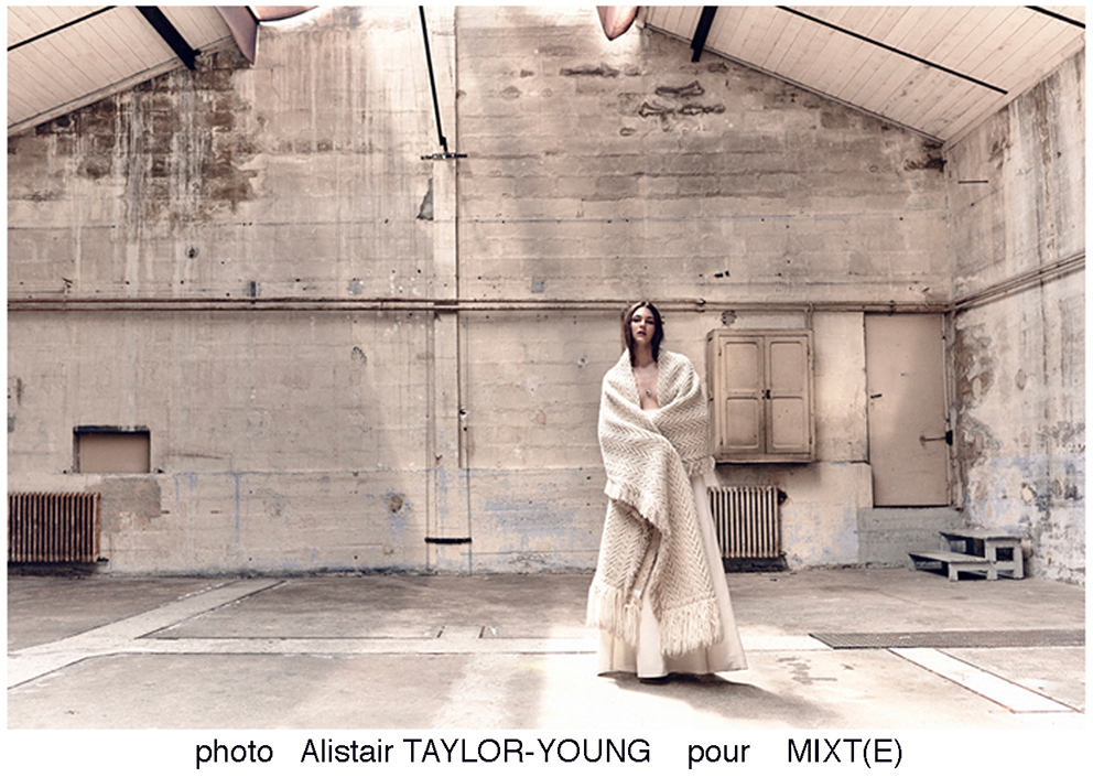 Alistair Taylor-Young pour MIXT(E)