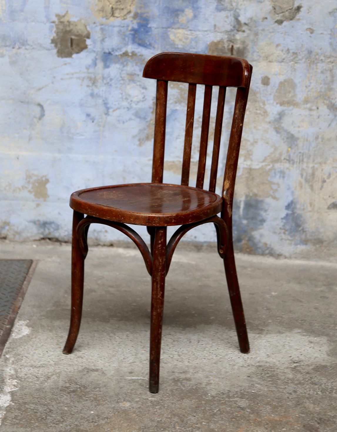 Chaise bistrot bois brun